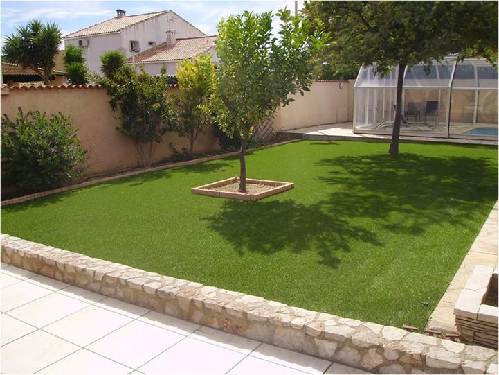 Sezon na zielony trawnik trwa przez cały rok - włoskie trawy klasy premium